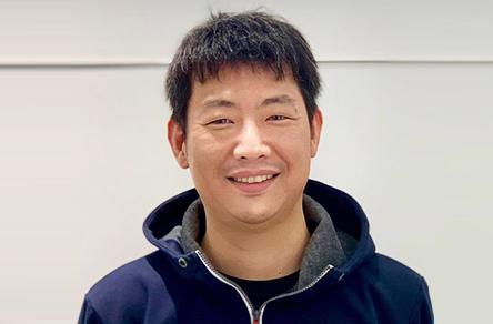 山崎 聡氏