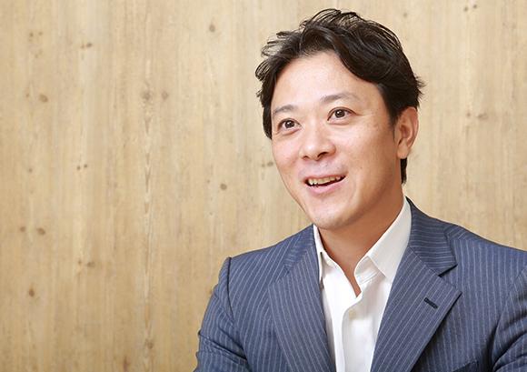 インタビュー記事:株式会社みらいワークスの岡本祥治氏の写真